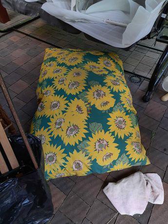 Poduszki i gabka