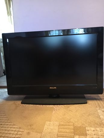 PHILIPS широкоэкранный плоский ТВ 37PFL3512D/12