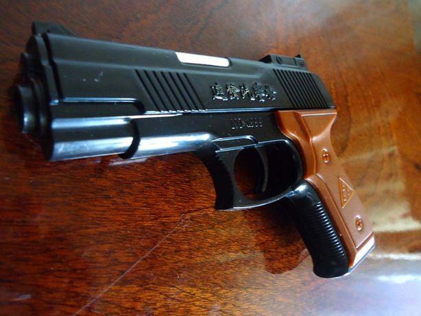 Детская игрушка Пистолет