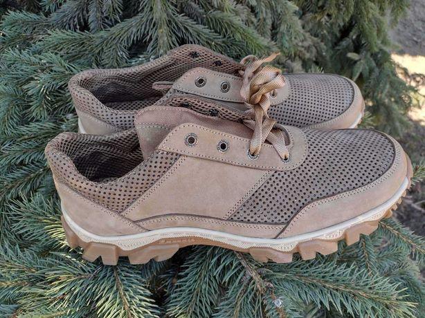 війскові літні  ,берци,війскове літнє взуття ,розмір43-44.префорація