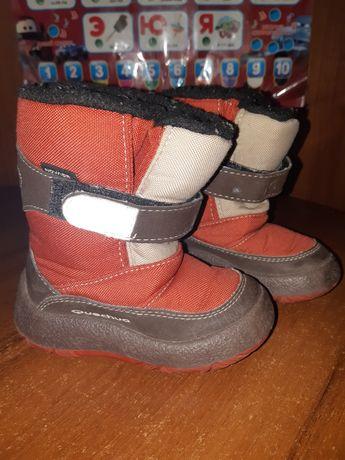 Сапоги чоботи сапожки Quechua Decathlon 22-23