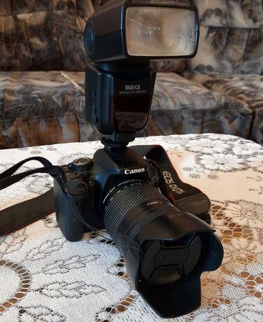 Продам фотоапарат Canon EOS 600D + фотоспалах