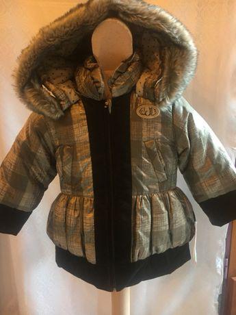 Śliczna kurtka dziewczęca rozmiar 116