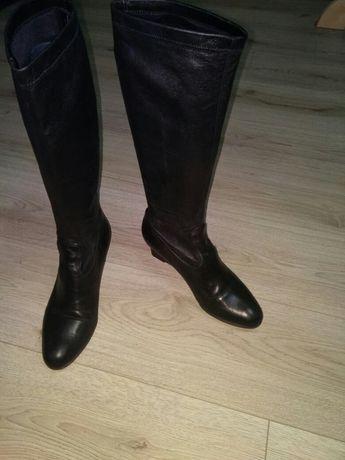 Итальянские осенние сапоги - чулки.разм 39  Каблук 6 см.