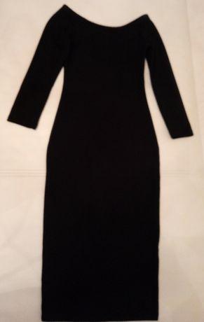 Klasyczna sukienka mala czarna