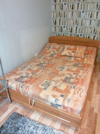 Łóżko sypialniane z regulacją zagłówka 140x200 Jeszcze taniej