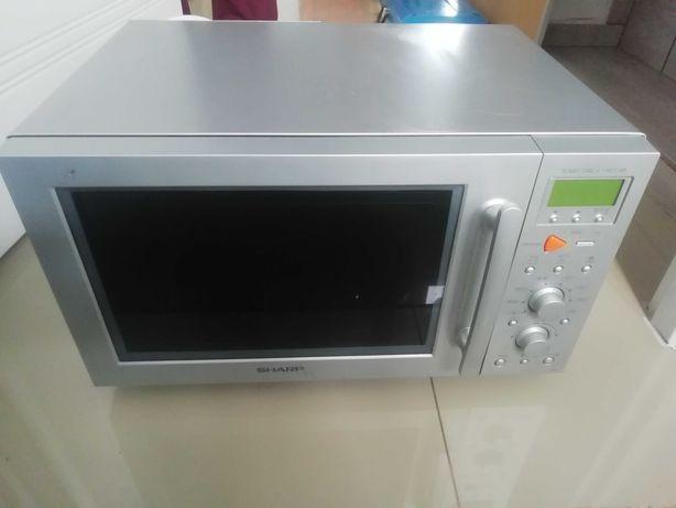 Kuchnia mikrofalowa z grillem Sharp R-885AL