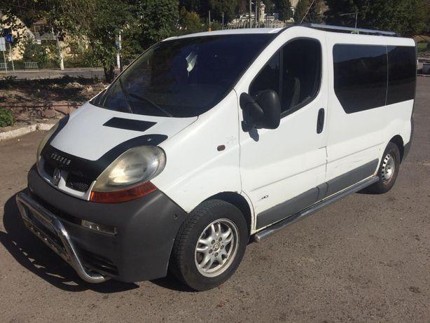 Аренда без водителя Opel Vivaro 8+1
