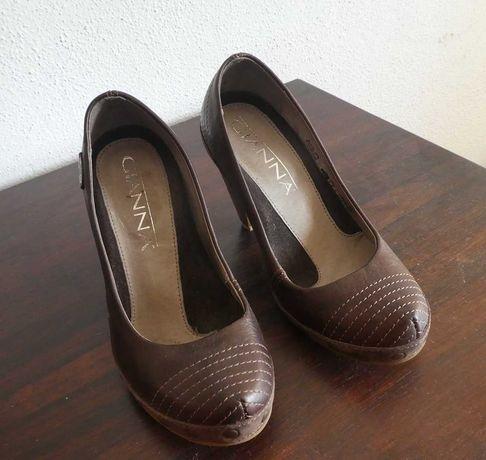 Sapatos de salto alto  (tamanho 36)