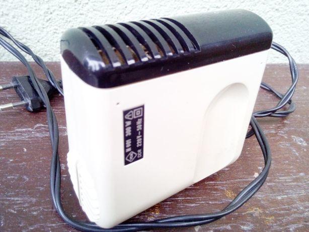Kolekcjonerska suszarka turystyczna VEM N901 DDR 300W + pokrowiec