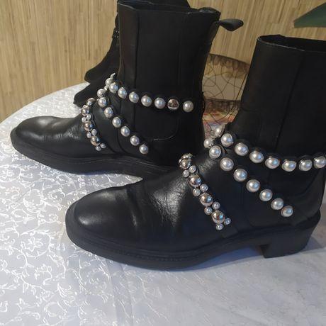 Супер модные Кожаные ботинки Zara 41