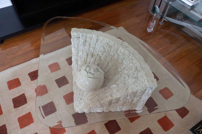 Mesa de Centro em Pedra