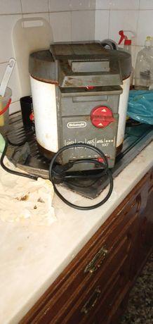 Fritadeira Vintage delonghi ainda dá luz frita?7E-C.Musica10-5Edesde2E