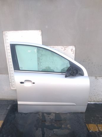 Drzwi prawy przód prawe przednie Opel Astra H 04r