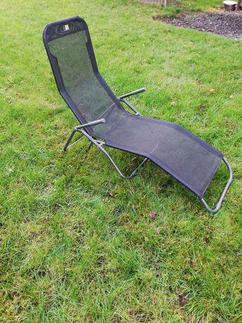 Leżak ogrodowy, duży, wygodny; krzesło ogrodowe