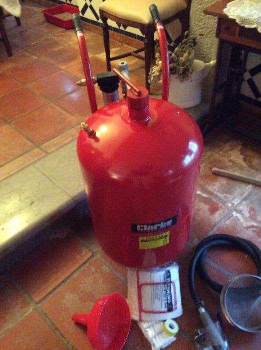 Máquina de decapagem a jato areia marca branca 18 litros ( Com IVA) Quinta do Anjo - imagem 1