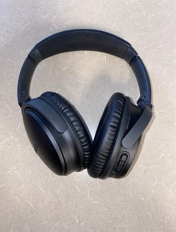 Headphones Bose QuietComford 35 wireless noise cancelling