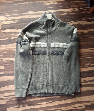 Ciepły męski sweter oliwkowy roz.L/XL