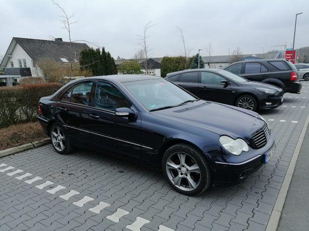 Mercedes C klasse w 203 2.6 V6 DRIFT KJS manual