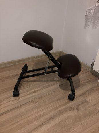 Klękosiad, krzesło ergonomiczne