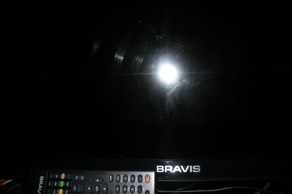 телевизор BRAVIS LED -39C1700B нет изображения Ширяево - изображение 1
