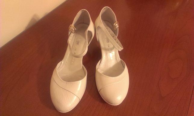 Buty ślubne La Marka rewelacyjne! Bardzo wygodne!