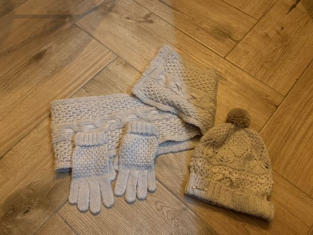 Mayoral komplet wiosenny  3 latka czapka szalik rekawiczki