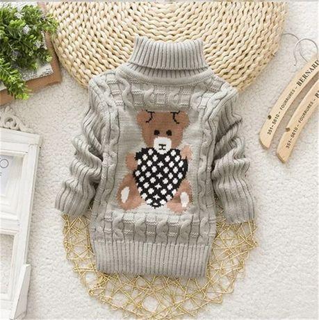 Тёплый вязаный свитерок на 2-4 года
