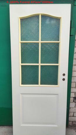 Межкомнатная дверь со стеклом 825мм*2040мм