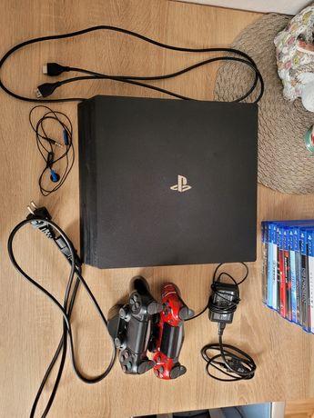 Playstation 4 PRO 2 Pady 11 gier