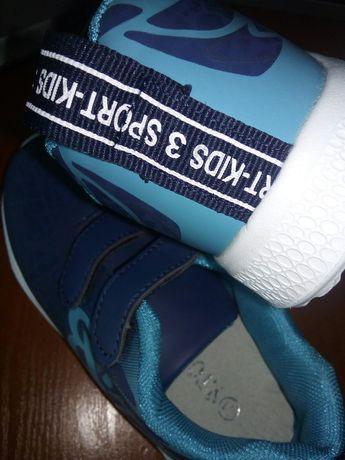 НОВЫЕ! Кроссовки на мальчика 31 размер-20 см длина стельки