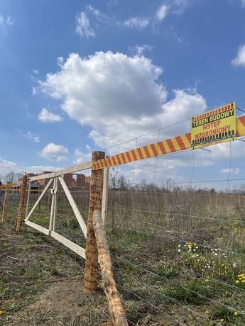 Stemple siatka leśna ogrodzenie budowlane tymczasowe płot brama furtka