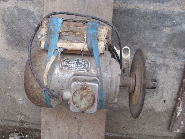 продам мотор або обминяю на тиски