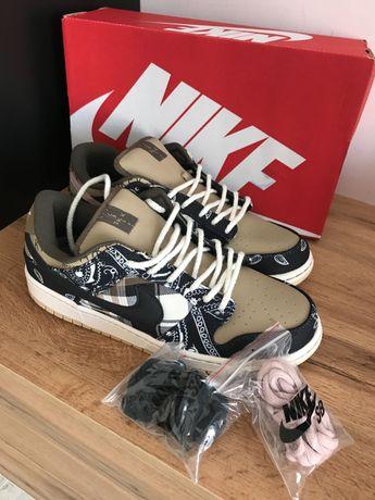 Nike SB Dunk x Travis Scott