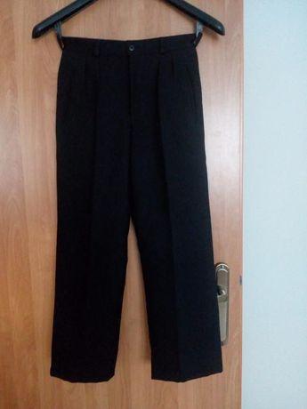 Spodnie do garnituru czarne chłopięce