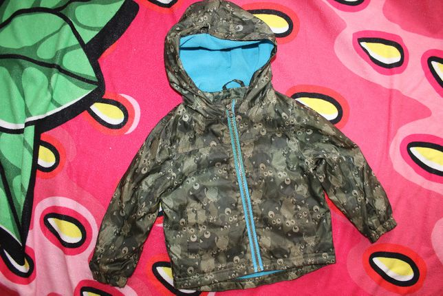 Куртка ветровка плащ на 2-3 года мальчику