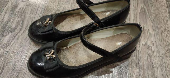 Туфли для девочки 34 р