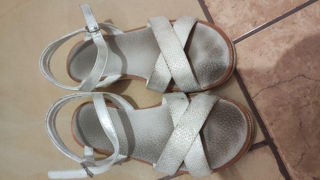 Sandały r 34