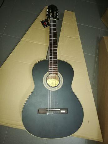 Guitarra clássica madeira maciça diferente e artesanal