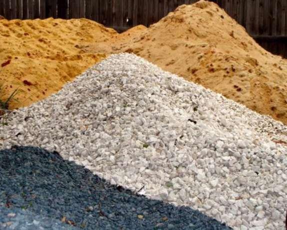 Щебень,песок,чернозем ,граншлак.Дрова. Вывоз мусора.Мусоровывоз.