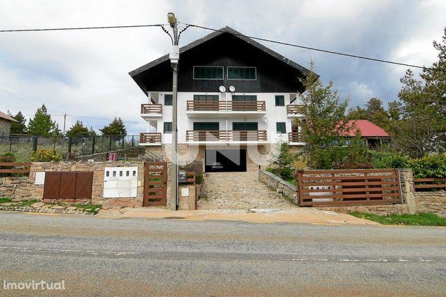 Apartamento T3 Duplex, situado em pleno coração da Serra da Estrela.