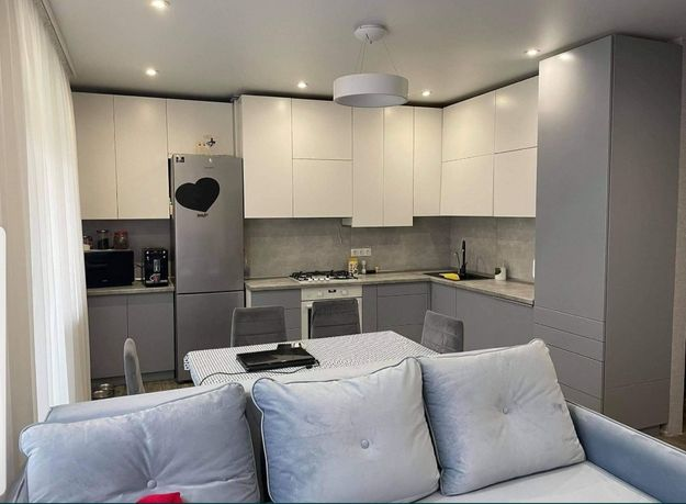 2 комнатная квартира в ЖК Рич Таун