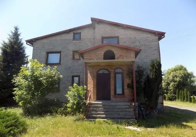 Duży dom do własnej aranżacji w Waleńczowie