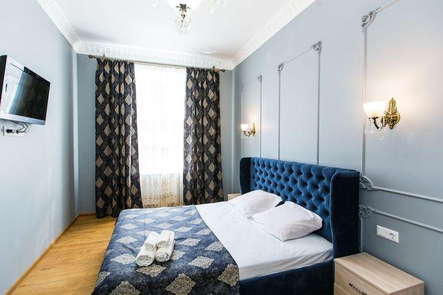 Квартира подобово на Куліша, поруч Оперний театр.
