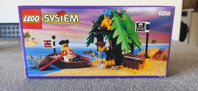 Lego pirates 6258 smuggler's Shanty