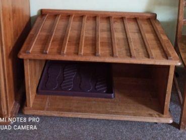 Bagażnik hotelowy drewniany