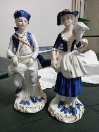 Estatuetas em porcelana casal Hand made Rokoko