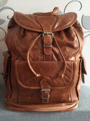 Продам новый кожаный рюкзак Di Caro Istanbul