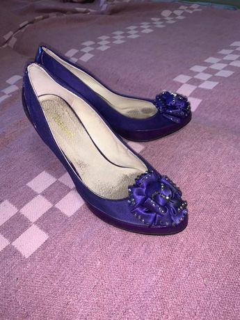 Продам туфли фиолетовые