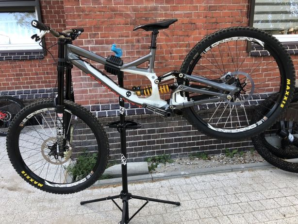 Rower zjazdowy full dh Specialized Demo 8 L